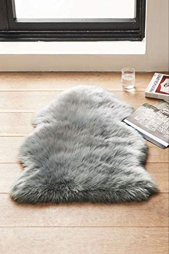Woolous Super Soft Faux Sheepskin Rug for Chair Cover Seat Cushion Pad, Modern Fur Rug Bedroom Sofa Floor Living Room, Shaggy Area Rugs of Baby 2×3 Feet Light Grey