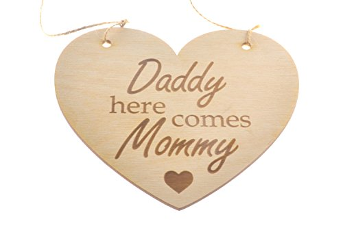 ORIGIN Wedding Daddy Here Comes Mommy Heart Sign Plaque for Flower Girl Page Boy Keepsake ()