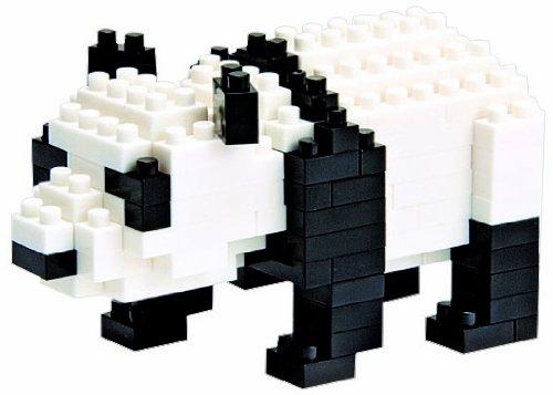 Nanoblock Giant Panda over Pieces