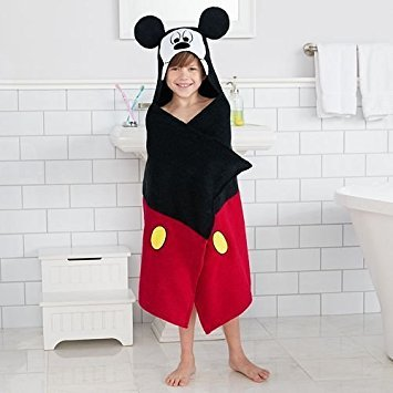 Disney Mickey Mouse Hooded Bath Wrap ()