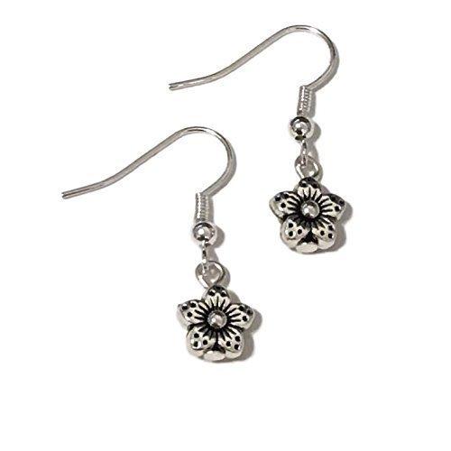 Daisy Dangle (Silver Tone Tiny Daisy Flower Earrings, Small Jewelry, Handmade Fishhook Dangle Women's Set)