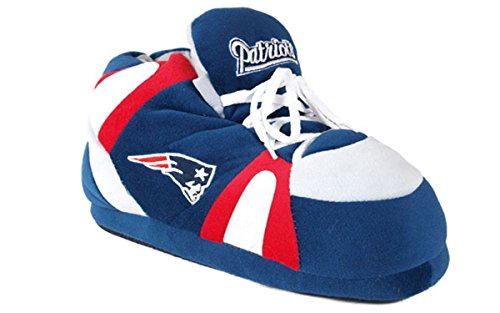 NEW01-2 - New England Patriots - Medium - Happy Feet & Comfy Feet NFL Slippers (Patriots Wear England New)