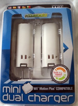 Docking Wii Charger (KMD Wii Komodo Mini Dual Charger Wii Motion Plus Compatible)