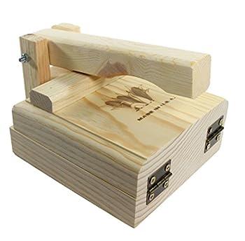 Tortilla Press 7.5 Inch Authentic Traditional Wood Tortilla Maker 1
