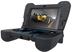 A silicone cover that wraps around the New 3DS XL that helps to protect the platform from accidental drops and scratches. Features an ergonomic design for maximum comfort.