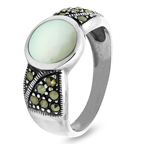 925 Sterling Silver Marcasite Ring with round Mother of Pearl