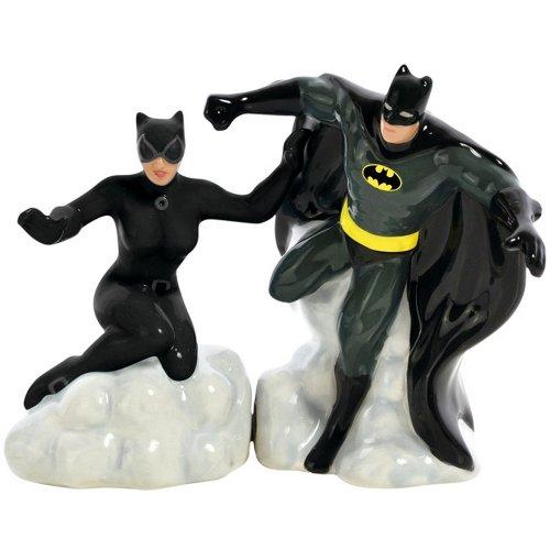Batman & Catwoman Salt & Pepper Shaker Set