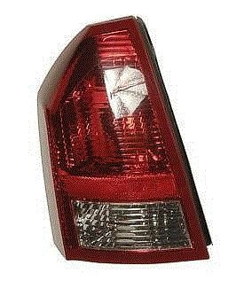 05 06 07 Chrysler 300 Taillight DRIVER NEW Taillamp 2.7L and 3.5L V6 Engine only