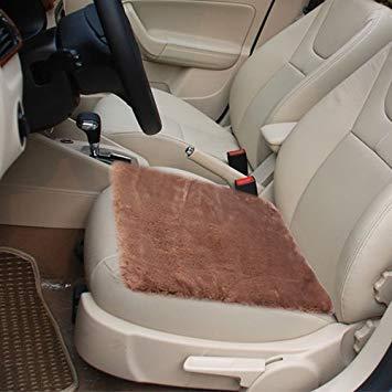 Uniqus Warm Plush Car Seat Cover Car Cushion Saddle, Size  48cm x 48cm(Brown)