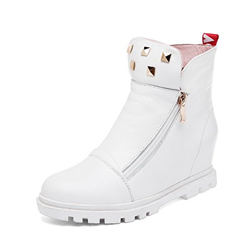 AmoonyFashion Womens Closed-toe Round-toe Kitten-heels Boots with Rivet and Thread White