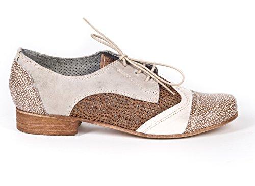 Charme , Chaussures à lacets et coupe classique femme