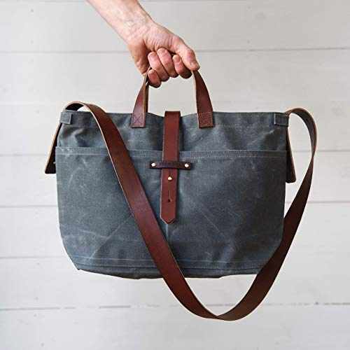 (Waxed Canvas Tote in Slate with Zipper)