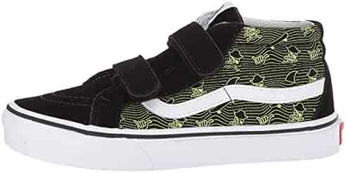94a9df93168 Shopping Vans or Converse - Skateboarding - Athletic - Shoes - Girls ...