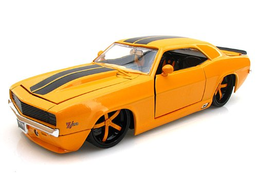 1969 Chevy Camaro Z28 1/24 Yellow - Jada Toys ()