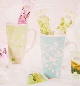 mandarin-bath-mug-gift-set-green-flower-mug