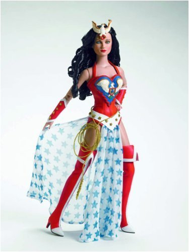 TONNER PREVIEWS EXCLUSIVE JUSTICE PROTECTOR WONDER WOMAN (Robert Tonner Doll)
