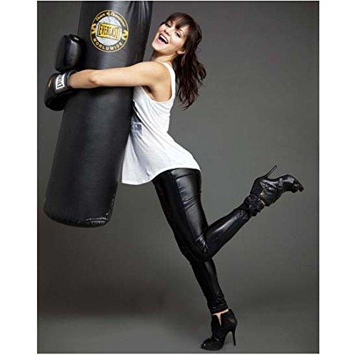 Scorpion (TV Series 2014 - ) 8 inch x10 inch Photo Katharine McPhee Hugging Heavy Bag kn