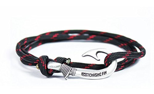 Chasing Fin Adjustable Bracelet 550 Military Paracord with Fish Hook Pendant, Red Thin Line (Thin Fish)