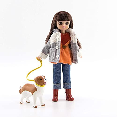 Paseo de la muñeca Lottie en el parque | Una muñeca para niñas y niños con muñeco de perro | Muñeca de moda para el otoño | Muñeca de invierno con botas y chaqueta de lana con lindas orejas
