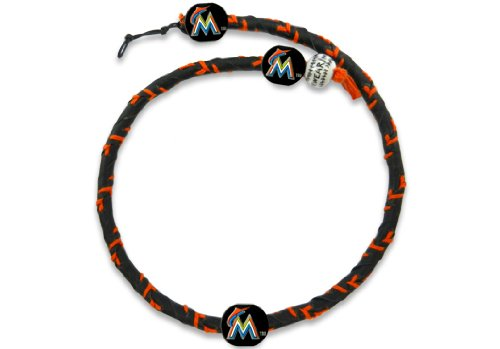 - MLB Miami Marlins Team Color Frozen Rope Baseball Necklace
