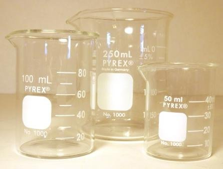 Corning Pyrex 3 Piece Glass Graduated Low Form Griffin Beaker Set