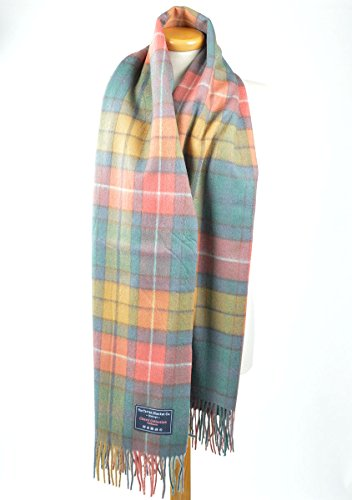 Classic Lambswool Blanket Scarf in Buchanan Antique Tartan