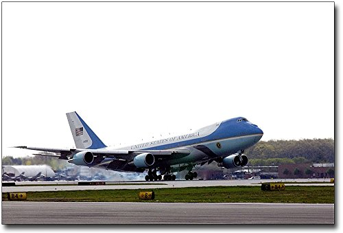 (Air Force One Boeing 747 VC-25 Landing 8x12 Silver Halide Photo)