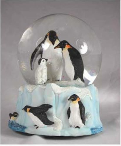 Penguin Family Musical Snow Globe - It's a Small World - Penguin Snowglobe
