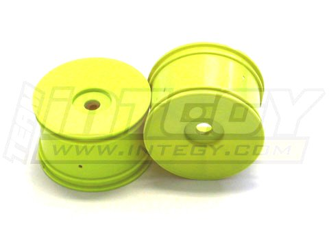 (Integy RC Model Hop-ups C22678YELLOW Dish Wheel 0-Offset (2) for 17mm Monster Truck & 1/8 Truggy)