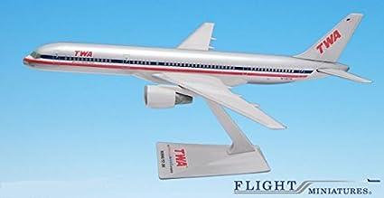 PEOPLExpress 747-100//200 Airplane Miniature Model Plastic Snap-Fit 1:250