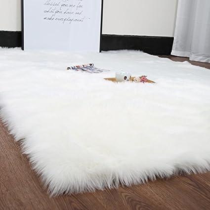 HUAHOO White Faux Sheepskin Area Rug Chair Cover Seat Pad Plain Shaggy Area  Rugs for Bedroom Sofa Floor Ivory White (5\' x 7\' Livingroom Rug)