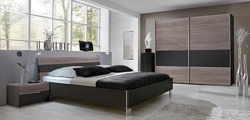 Schlafzimmer 3-tlg. in Montana Eiche-Nachb. mit Abs. in Lava, Schrank B: 250 cm, Bett mit Liegefläche 180 x 200 cm, Nachtschränke B: 52 cm