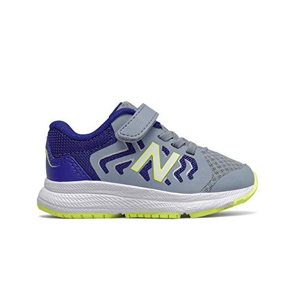 Closure Running Shoe