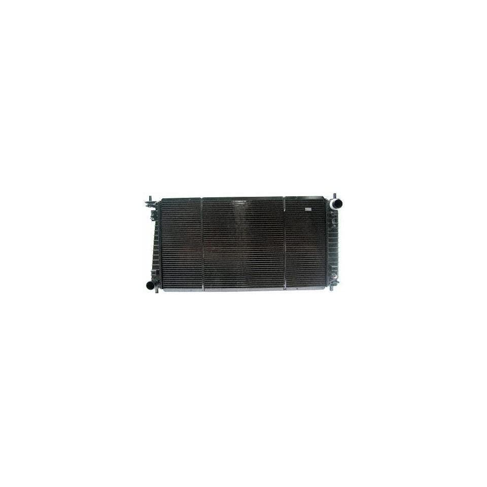 99 02 LINCOLN NAVIGATOR RADIATOR SUV, 8cyl; 5.4L; 330c.i. (1999 99 2000 00 2001 01 2002 02) P2257 YL1Z8005CA