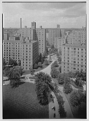 Photo: Parkchester,Bronx,New York. To Metropolitan Ave. from - Parkchester York New Bronx