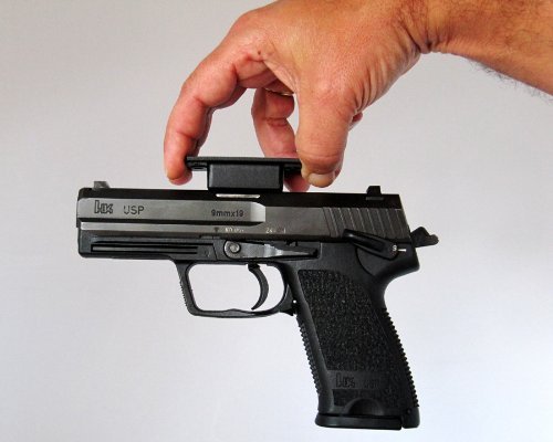 Fast Draw Gun Magnet Buy Online In Uae Misc Products