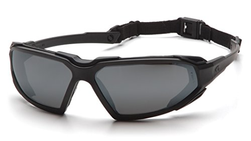 Pyramex Highlander Safety Eyewear, Gray Anti-Fog Lens With Black Frame ()