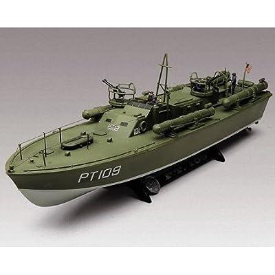 Revell 1: 72 Pt-109 P T Boat: Toys & Games