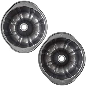 Wilton Round Cake Nonstick Perfect Results Non-Stick Fluted Tube Pan
