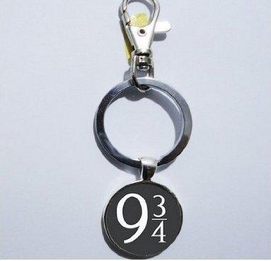 Charm Deathly Hallows Platform 9 3/4 Keychain, Mimi Keychain, Key Everyday Gift Key Chain, Unique Key Ring Customized Gift