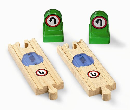 BRIO 33763 Wooden Railway System: Smart Track Changer Construction Wooden Toys