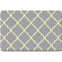 "Moroccan Tile Quatrefoil Lattice 15.7""(W) x 23.6""(H) Non-woven Fabric Multifuntional Doormat"