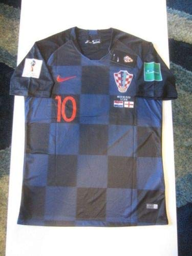 4952d8c62ce Image Unavailable. Image not available for. Color  DRI FIT Luka Modric  10  Croatia HNS Hrvatska 2018 World Cup Medium Away Jersey Patches