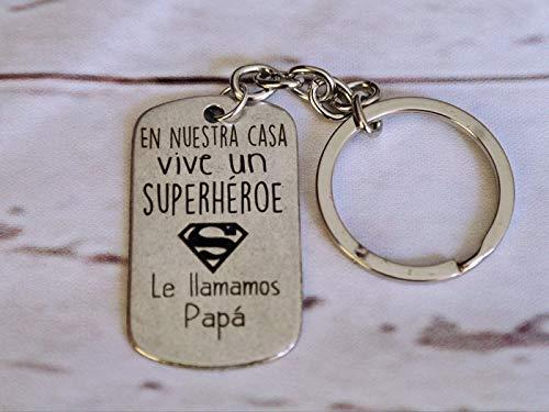 Llavero Papa superheroe- Tamaño 42×28 mm. Placa con mensaje ...