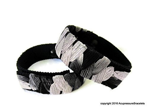 Acupressure Motion Sickness Bracelets (B&W) Small/child size 6.5