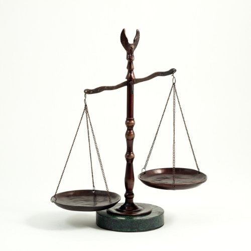 Bronzed Legal Lawyer Scales of Justice with Eagle Finial and Marble Base-12.5in.ht G. ()