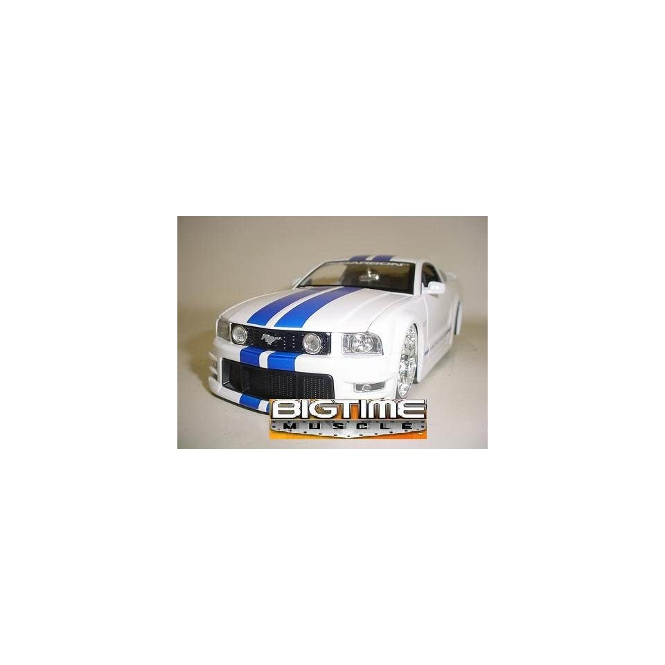 Jada Dub City Big Time Muscle White 2005 Ford Mustang GT with Blue Stripes 124 Scale Die Cast Car