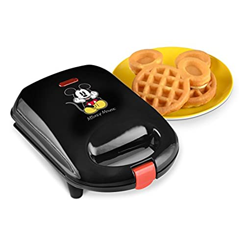 Merveilleux Disney DCM 9 Mickey Mini Waffle Maker, Black