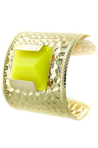 [DIVA & DUCHESS POLISHED HAMMERED CUFF WITH ACRYLIC STONE (Yellow)] (Dallas Wholesaler Costumes Jewelry)