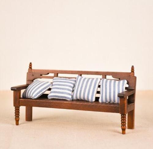 EatingBiting(R) Dollhouse Miniature Doll Bench Couch Sofa with Cushions , 1:12 Dollhouse Miniature Furniture Sofa Wooden Recliner Chair Vintage Sofa , Vivid ()